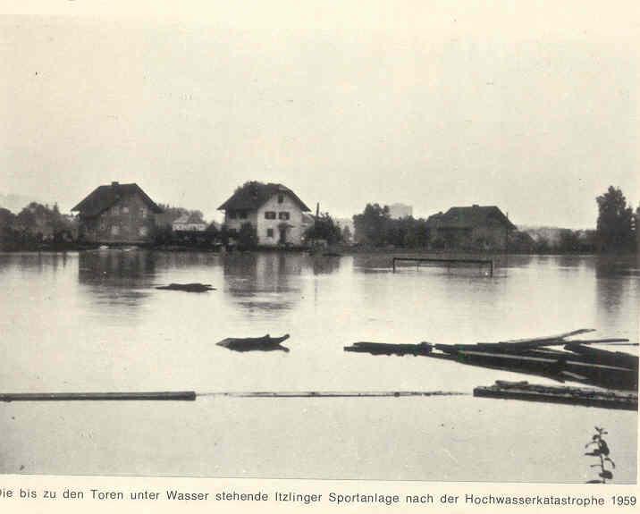 1959 stand die ASV Sportanlage in der Plainstraße unter Wasser.
